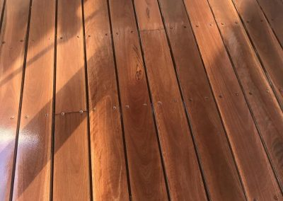 outdoor timber deck polishing